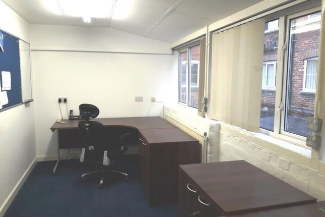 Office to let in Bond's Mill, Bristol Road, Stonehouse Gloucestershire