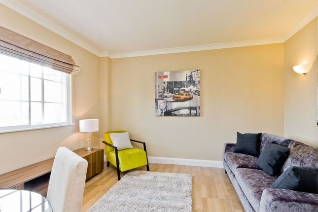 2 bed flat to rent in South Block, County Hall Apartments, 1A Belvedere Road, Waterloo, County Hall