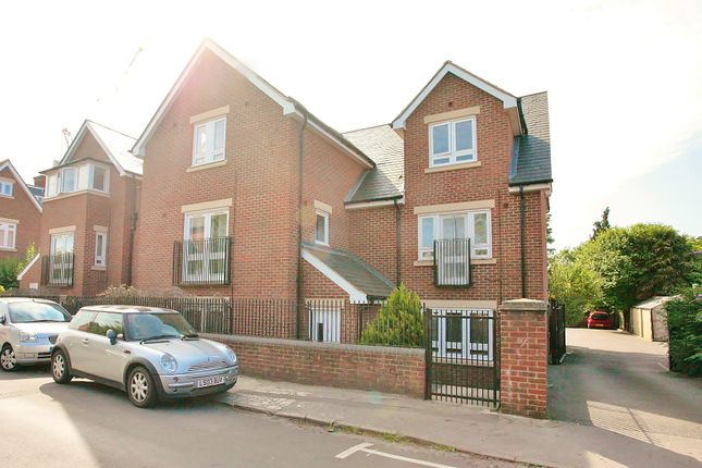 Thumbnail Flat for sale in Daubeny Road, Oxford