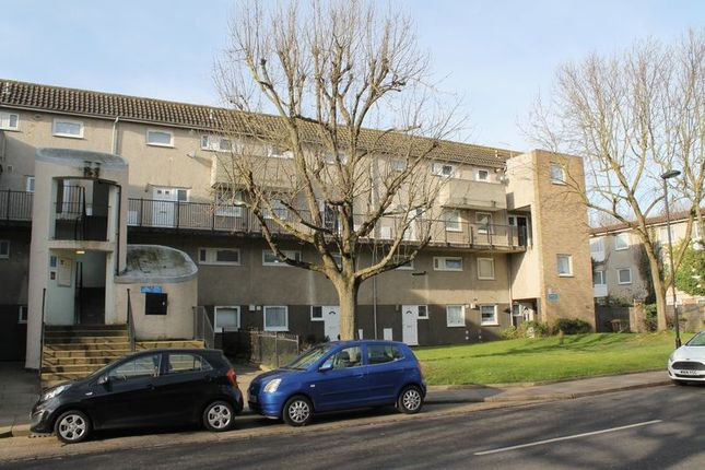 Thumbnail Maisonette for sale in Roman Way, Enfield