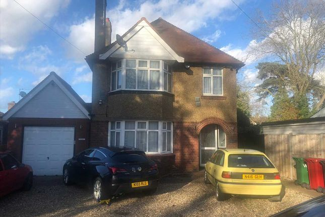 Thumbnail Detached house to rent in Old Bath Road, Colnbrook, Slough