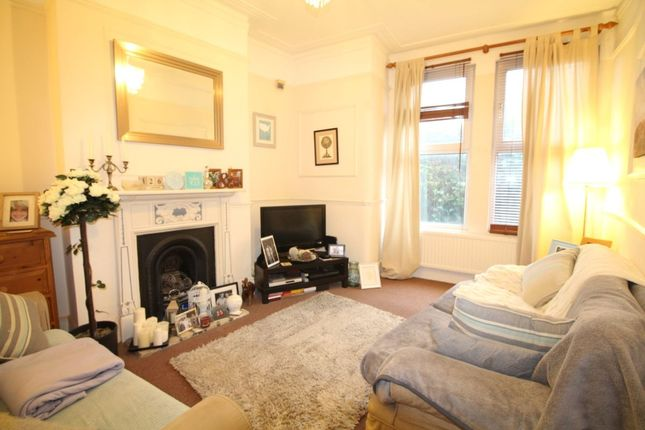 Thumbnail Flat to rent in Charlton Road, London