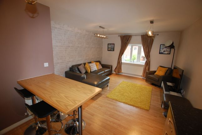 Thumbnail Flat to rent in Whitington Close, Little Lever, Bolton