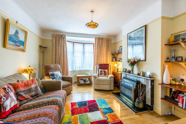 4 bed property for sale in Queen Anne's Gardens, Mitcham