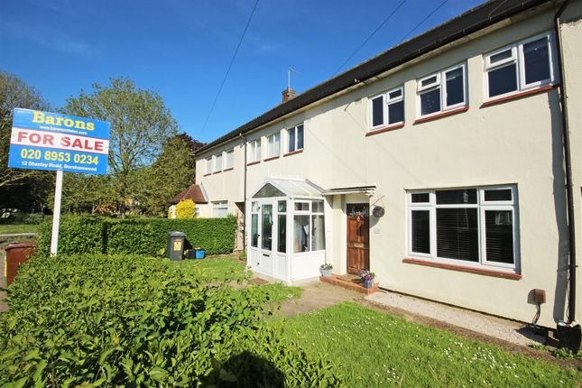 3 bed property for sale in Haggerston Road, Borehamwood WD6