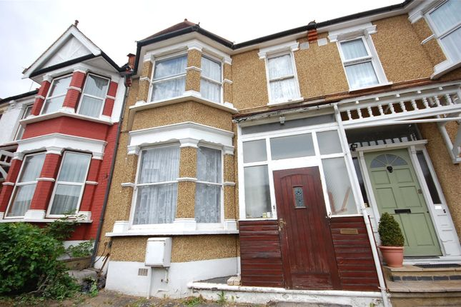 Picture No. 02 of Squires Lane, London N3