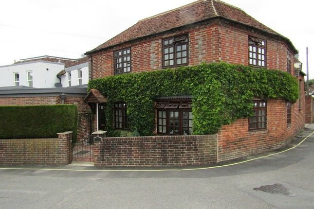 Thumbnail Detached house for sale in Lower Basingwell Street, Bishops Waltham, Southampton