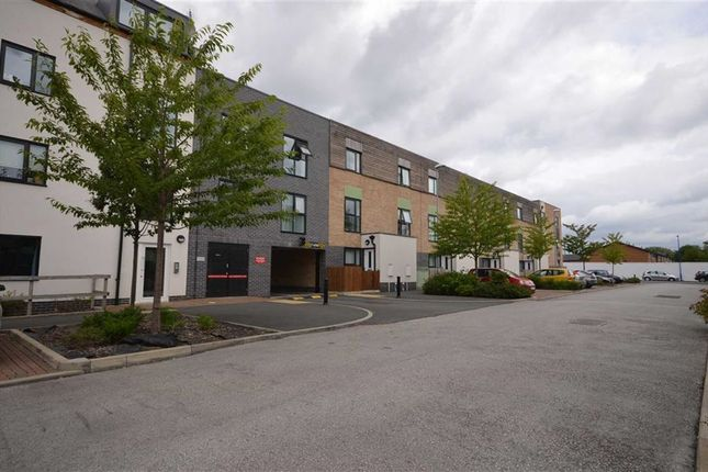 Thumbnail Flat to rent in Cooke Place, Salford, Salford