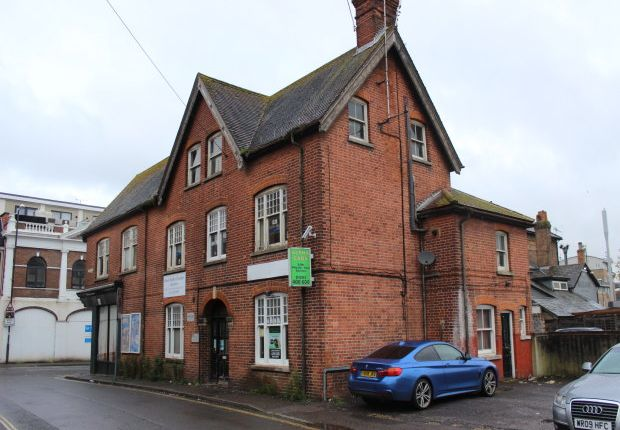 Thumbnail Office for sale in Station Road, Crawley
