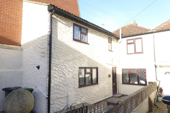 Thumbnail Terraced house to rent in North Market Road, Great Yarmouth