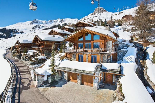 Properties for sale in verbier valais switzerland for Swiss chalets for sale
