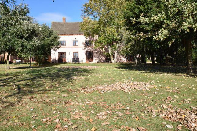 Thumbnail Detached house to rent in Boddington Road, Claydon, Banbury