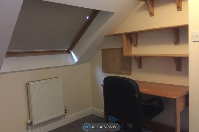 Room 5 of Elfleda Road, Cambridge CB5