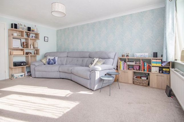 Lounge of Brunel Road, Southampton SO15