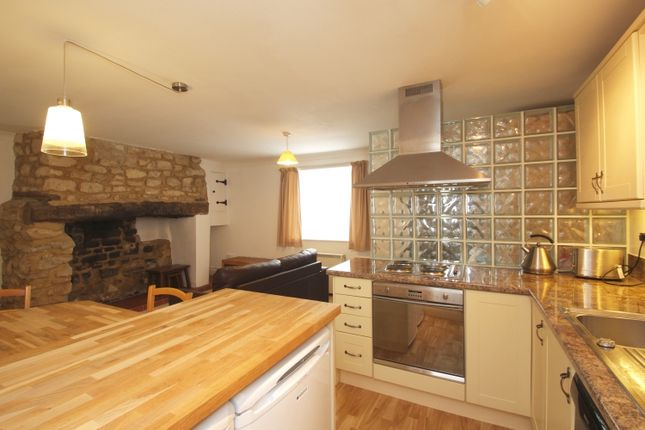 1 bed flat to rent in High Street, Wheatley, Oxford