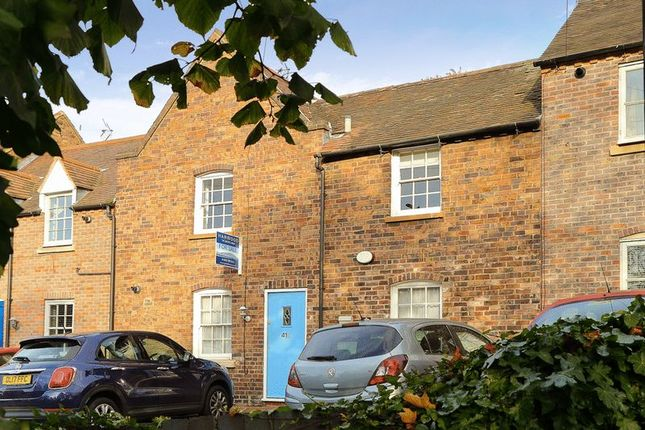 Thumbnail Terraced house for sale in Bernards Hill, Bridgnorth