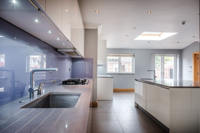 Thumbnail Detached house to rent in Strathearn Avenue, London
