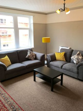 Thumbnail Flat to rent in Albany Road, Cardiff