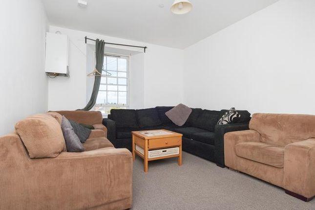 Thumbnail Flat to rent in Nicolson Street, Edinburgh