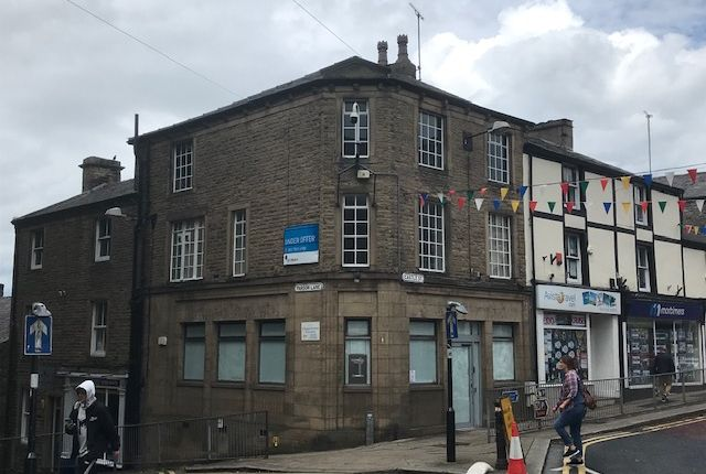 Thumbnail Retail premises to let in 1 Castle Street, Clitheroe