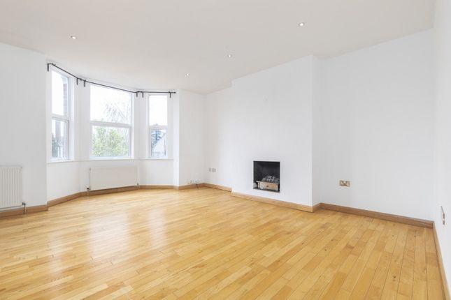 Thumbnail Flat to rent in Oakhill Road, Beckenham, Kent