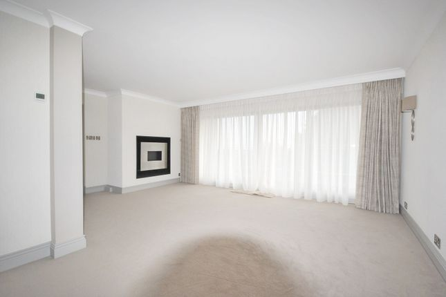 Living Room Property To Rent In Haslemere