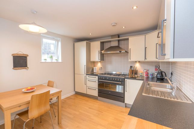Kitchen of Lochrin Place, Edinburgh EH3