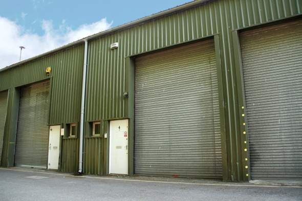 Thumbnail Warehouse to let in 4 Farringdon Industrial Centre, Farringdon, Alton, Hampshire