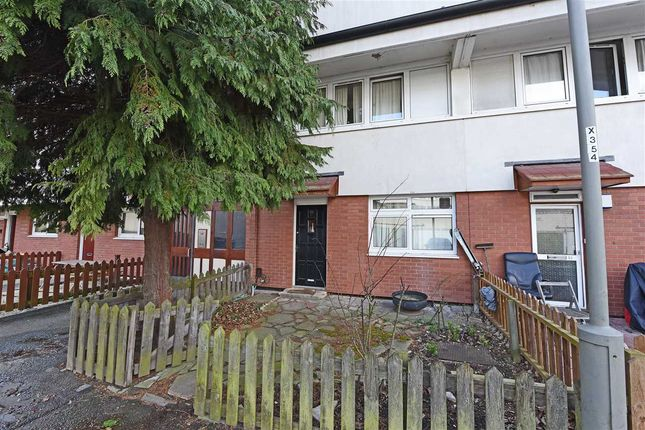 Thumbnail Maisonette to rent in Timsbury Walk, Roehampton, Putney