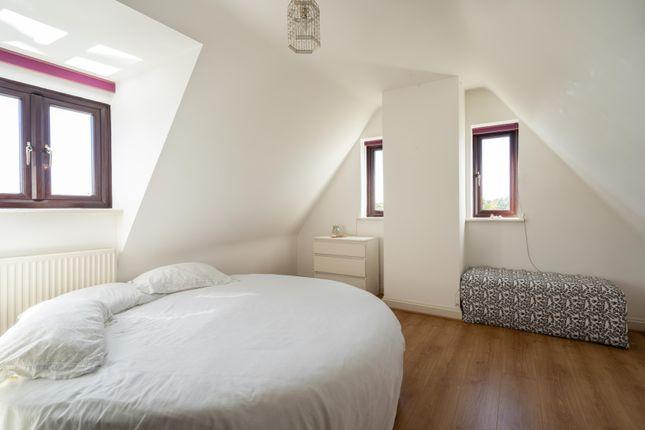 Attic Bedroom 1 of The Avenue, Stanton Fitzwarren, Swindon SN6