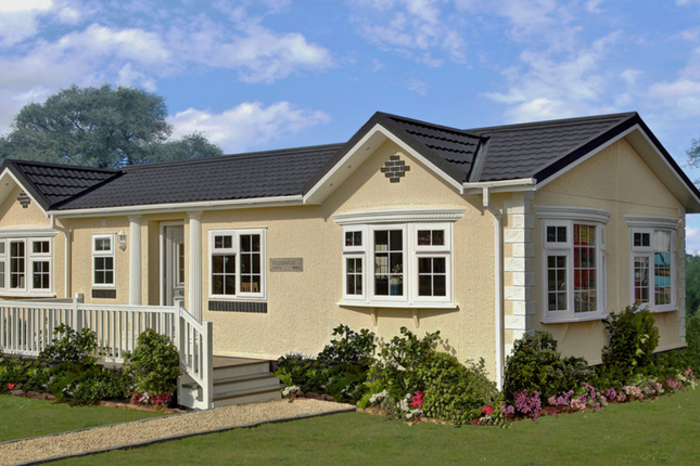 Thumbnail Mobile/park home for sale in Constellation Park, Elsworth