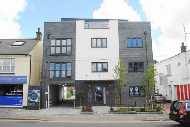 Thumbnail Flat for sale in 32 East, London Road, Hadleigh, Essex