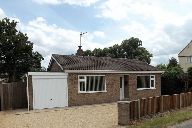 Thumbnail Bungalow to rent in Hurn Road, Holbeach Hurn, Holbeach, Spalding