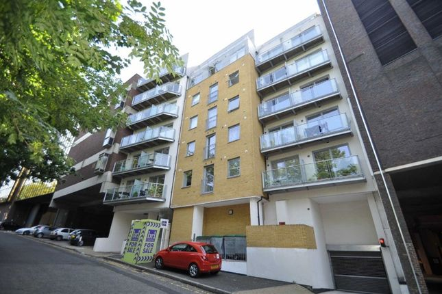 Thumbnail Flat to rent in Tetty Way, Central Bromley