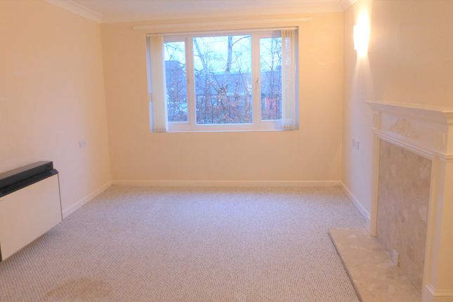 Thumbnail Flat to rent in Lavant Court, Charles Street, Petersfield, Hampshire
