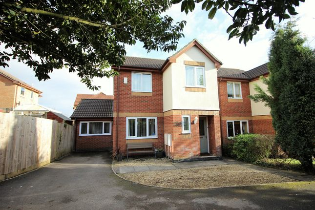 Thumbnail Detached house for sale in Garrett Drive, Bradley Stoke