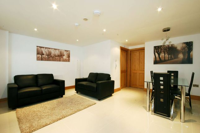 Thumbnail Flat to rent in New King's Road, Moore Park Estate, London