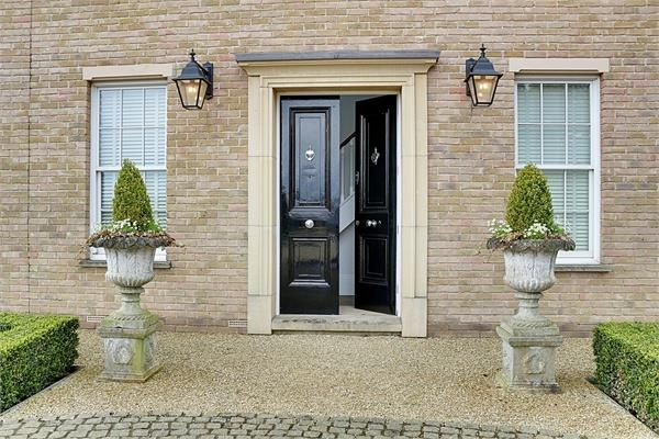 Thumbnail Detached house for sale in Halstead Hill, Goffs Oak, Waltham Cross