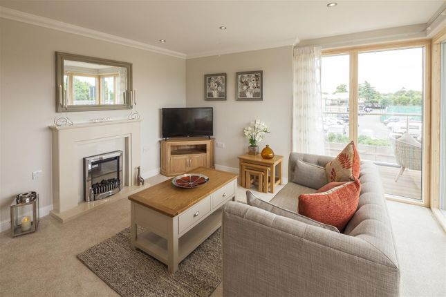 Thumbnail Flat for sale in Helston Lane, Windsor