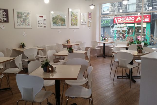 Thumbnail Restaurant/cafe for sale in Cafe & Sandwich Bars LS18, Horsforth, West Yorkshire