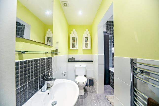 Bathroom of Brighton Road, Purley, Surrey, . CR8