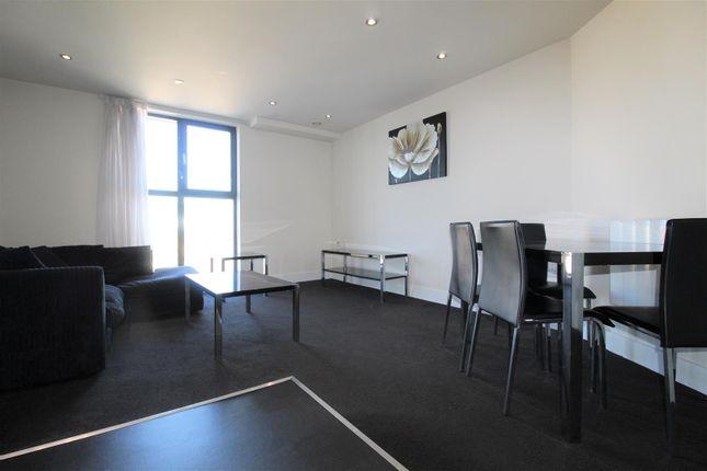 Thumbnail Flat to rent in Indigo Blu, 14 Crown Point Road, Leeds