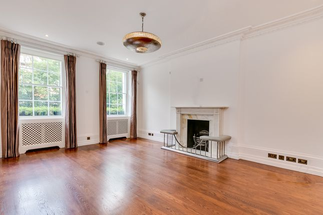 Thumbnail Property to rent in Earls Terrace, London