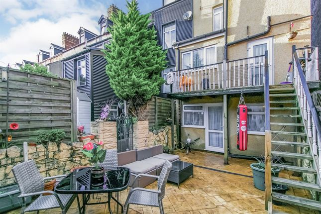 Thumbnail Detached house for sale in York Place, Barry