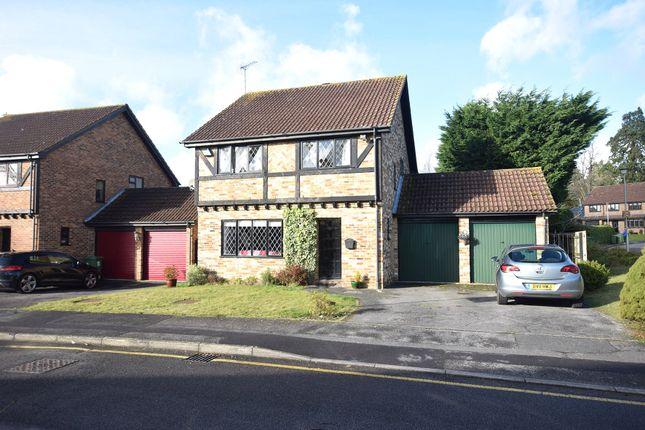 Thumbnail Detached house to rent in Lyndhurst Close, Martins Heron, Bracknell, Berkshire