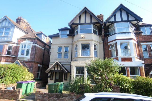 Thumbnail Flat for sale in Kingsnorth Gardens, Folkestone