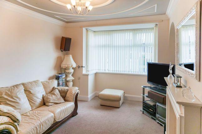 Lounge of Abbey Lane, Bucknall, Stoke-On-Trent ST2