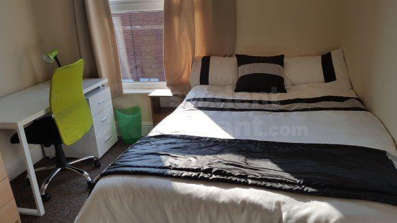 Bed 2 View 2 of Sharp Street, Hull, Kingston Upon Hull HU5