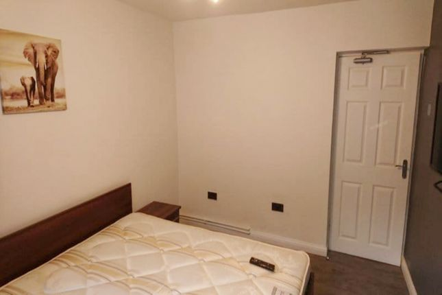 Thumbnail Room to rent in Tyers Street, London