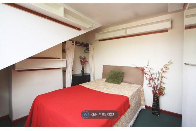 Attic Back Bedroom